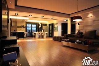 混搭风格跃层豪华型客厅沙发背景墙沙发效果图