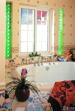 美式乡村风格三居室浪漫富裕型140平米以上卫生间壁纸效果图