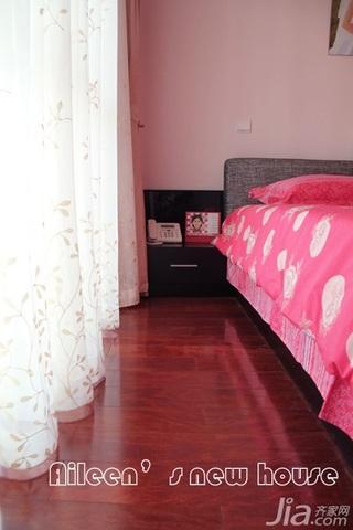 简约风格三居室富裕型床婚房家装图片