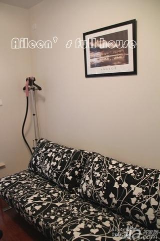 简约风格三居室富裕型沙发婚房家装图