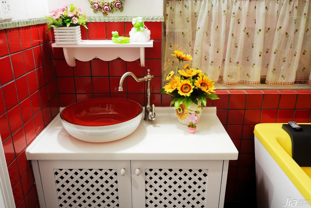 简约风格公寓小清新白色经济型卫生间窗帘效果图