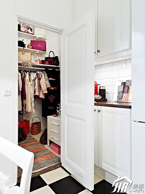 北欧风格公寓白色经济型90平米衣帽间橱柜设计图纸