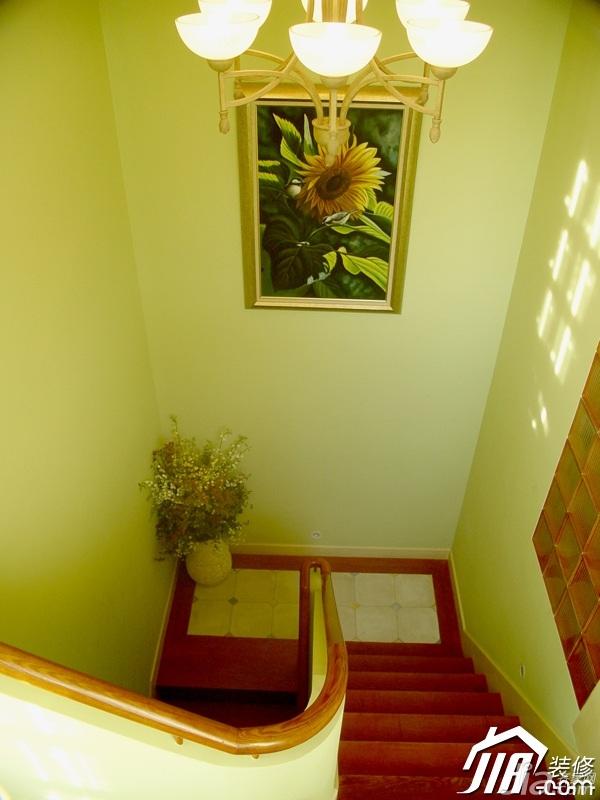 美式乡村风格别墅小清新富裕型楼梯灯具效果图高清图片