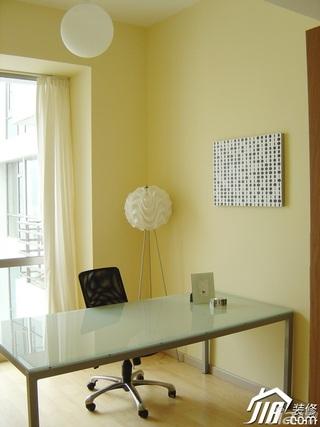 简约风格公寓温馨暖色调富裕型工作区书桌效果图