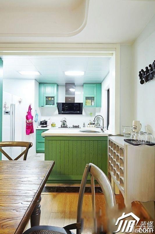 简约风格公寓5-10万90平米餐厅橱柜效果图