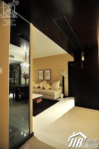 美式风格二居室大气米色富裕型客厅客厅过道沙发效果图