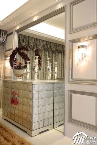 欧式风格三居室大气白色富裕型120平米餐厅餐边柜效果图