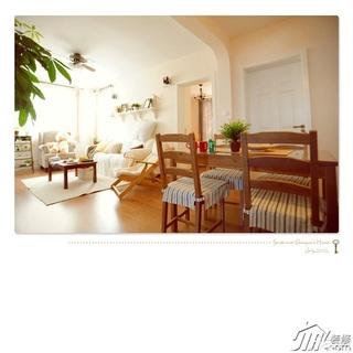 日式风格公寓温馨经济型餐厅沙发图片