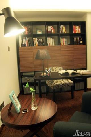日式风格三居室温馨暖色调富裕型90平米书房书架效果图