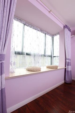 一居室温馨白色富裕型50平米飘窗窗帘效果图