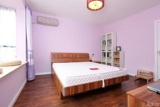 一居室温馨白色富裕型50平米卧室飘窗床效果图