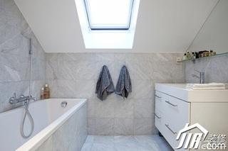 混搭风格公寓白色经济型卫生间浴室柜效果图