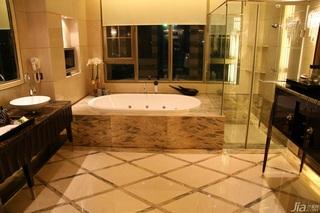 欧式风格别墅豪华型卫生间浴缸效果图