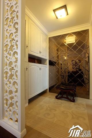 简约风格二居室大气豪华型客厅隔断地毯效果图