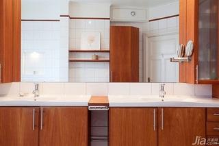 北欧风格别墅富裕型卫生间浴室柜效果图