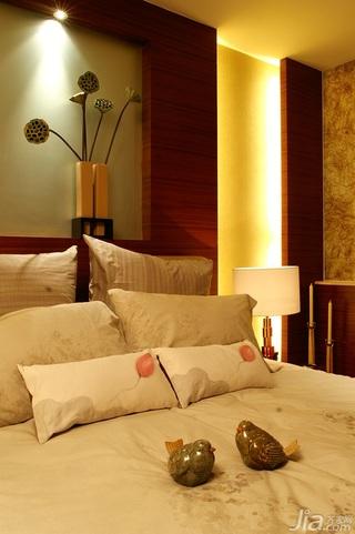 简约风格别墅温馨暖色调豪华型140平米以上卧室床效果图