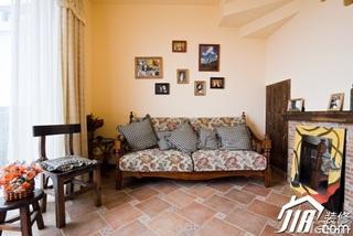 地中海风格别墅温馨暖色调富裕型140平米以上客厅沙发背景墙沙发效果图