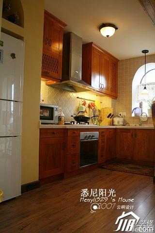 田园风格别墅唯美原木色富裕型厨房橱柜安装图
