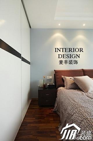 宜家风格公寓经济型70平米卧室床效果图