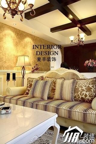 美式风格公寓豪华型100平米客厅吊顶壁纸效果图