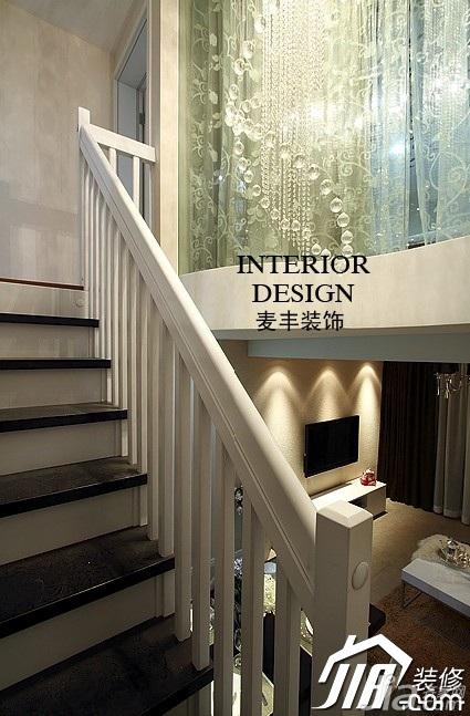 简约风格复式富裕型100平米楼梯灯具图片