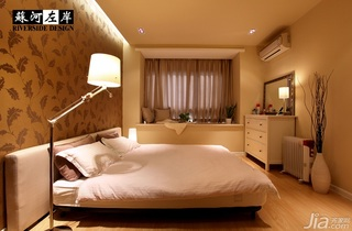 简约风格公寓温馨暖色调富裕型卧室飘窗床效果图