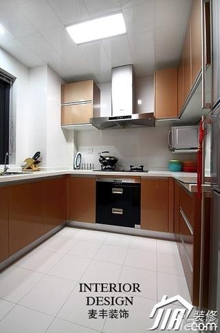 简约风格公寓经济型70平米厨房橱柜安装图