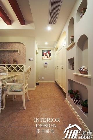 混搭风格公寓富裕型110平米客厅过道婚房家装图片