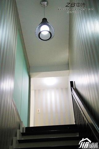 简约风格跃层富裕型120平米楼梯灯具图片