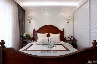美式风格二居室温馨暖色调富裕型卧室床效果图