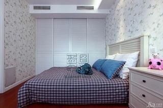 美式风格二居室温馨暖色调富裕型床效果图