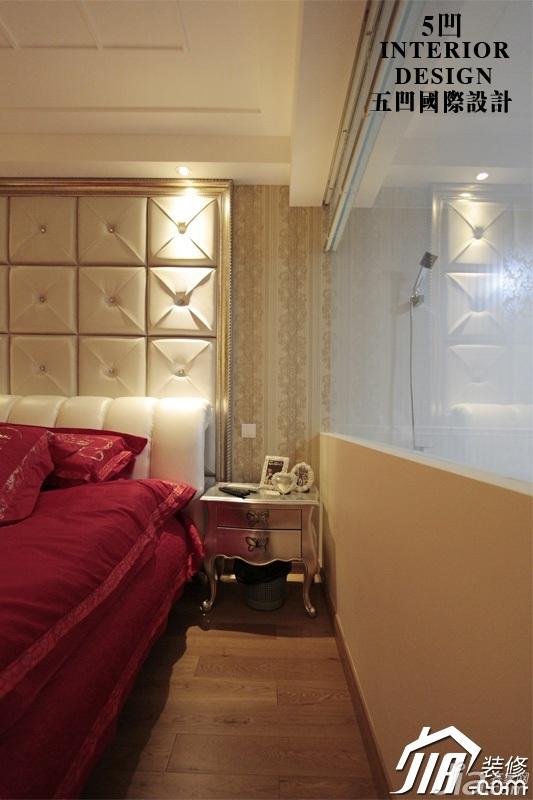 欧式风格公寓奢华米色豪华型卧室卧室背景墙床头柜图片