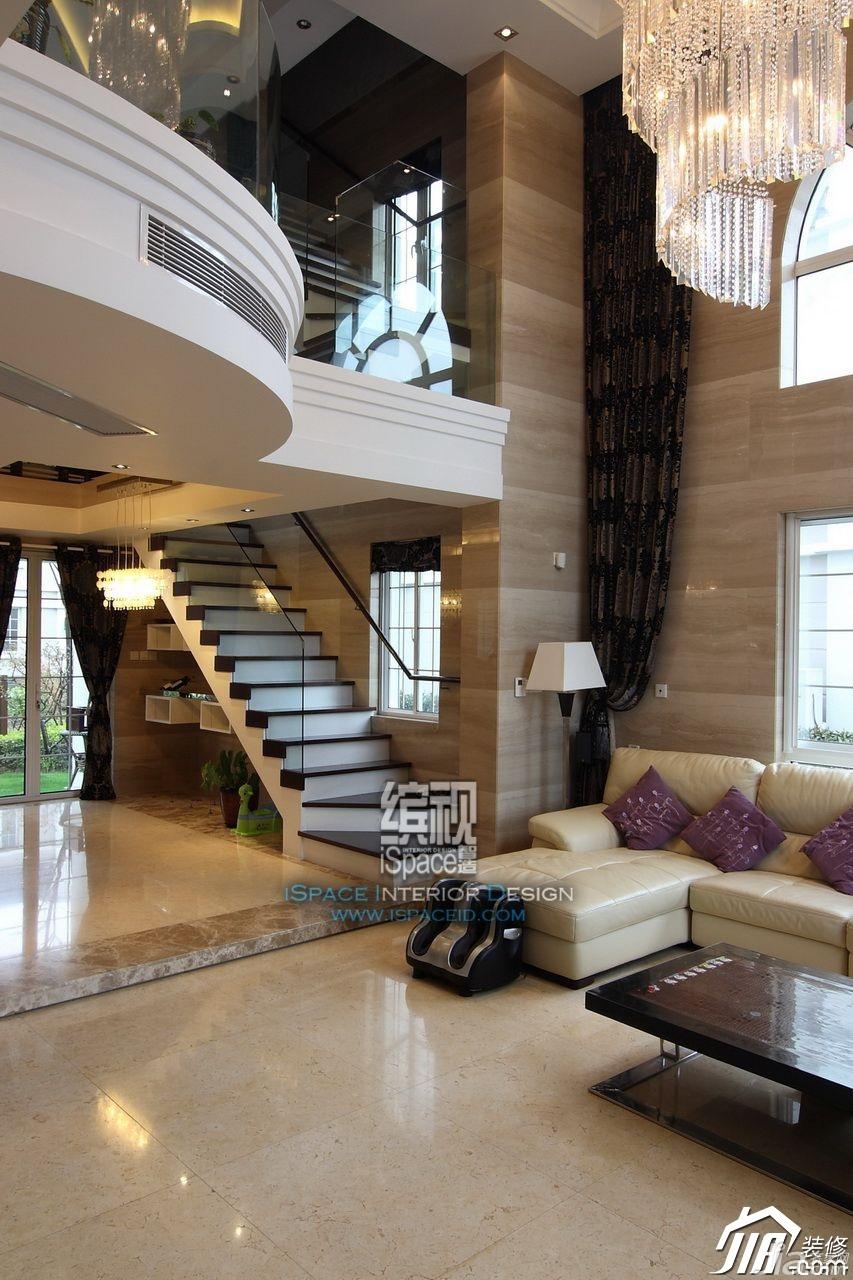 欧式风格别墅奢华富裕型客厅楼梯装修图片