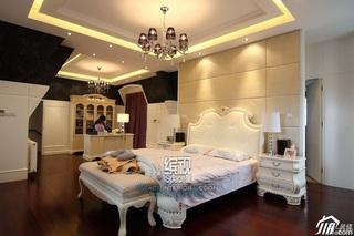 欧式风格别墅奢华富裕型卧室床效果图