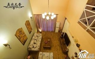 混搭风格别墅温馨暖色调豪华型沙发背景墙沙发效果图