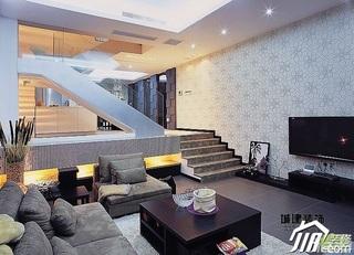 简约风格跃层富裕型客厅楼梯茶几图片