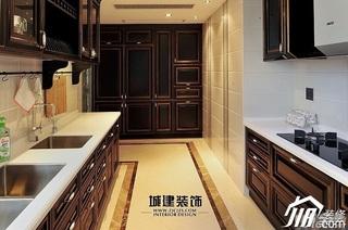 欧式风格四房豪华型厨房橱柜安装图