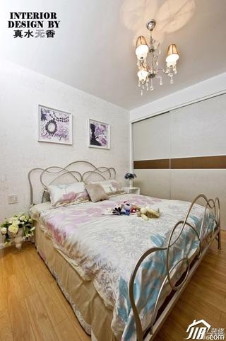 简约风格公寓时尚富裕型卧室卧室背景墙床效果图