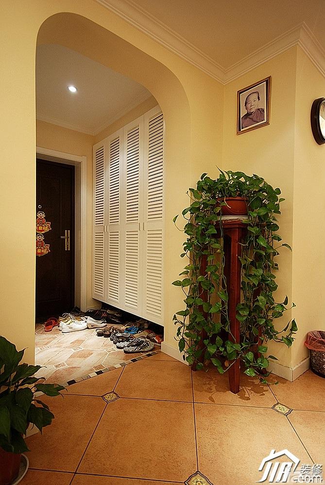 美式乡村风格二居室富裕型门厅鞋柜效果图高清图片