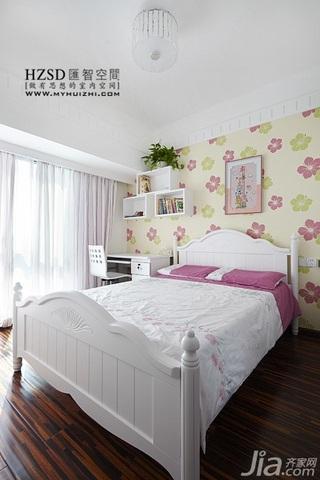 简约风格三居室时尚暖色调100平米卧室床效果图