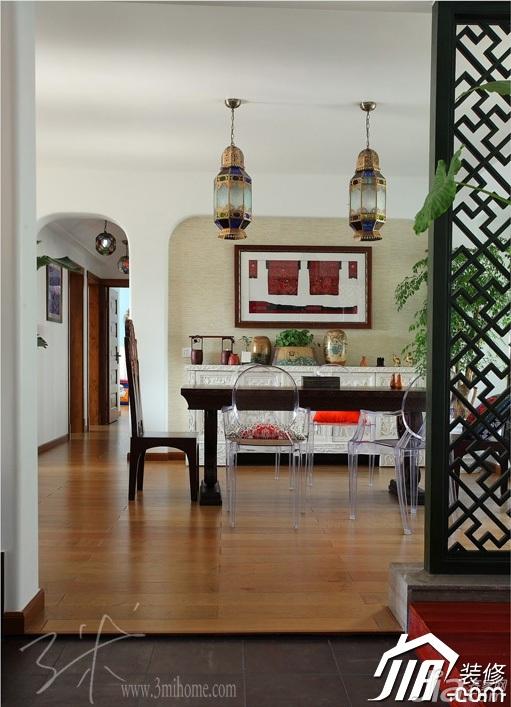 三米设计东南亚风格三居室富裕型餐厅隔断灯具效果图