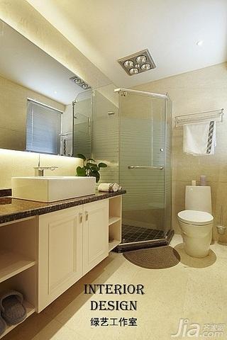 别墅古典米色豪华型140平米以上卫生间浴室柜图片