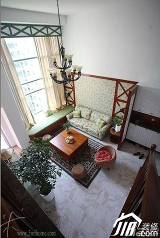 三米设计东南亚风格复式富裕型客厅沙发背景墙沙发图片
