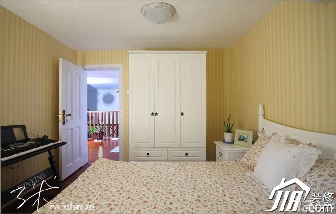 三米设计东南亚风格复式富裕型卧室壁纸效果图