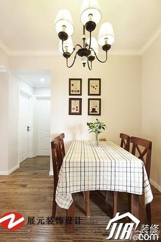 美式风格公寓温馨暖色调富裕型餐厅餐厅背景墙餐桌效果图