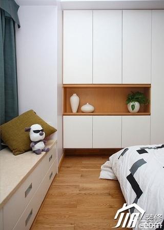 三米设计简约风格二居室经济型90平米卧室飘窗衣柜设计图