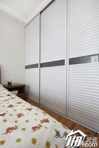 简约风格公寓白色富裕型卧室衣柜设计图