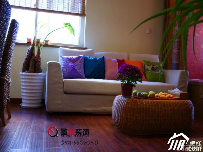 田园风格公寓暖色调5-10万50平米客厅沙发效果图