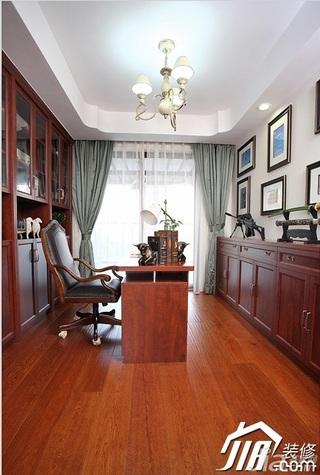 三米设计美式风格别墅豪华型书房照片墙书桌效果图