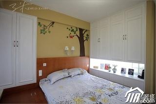 三米设计混搭风格公寓经济型130平米卧室背景墙衣柜定制